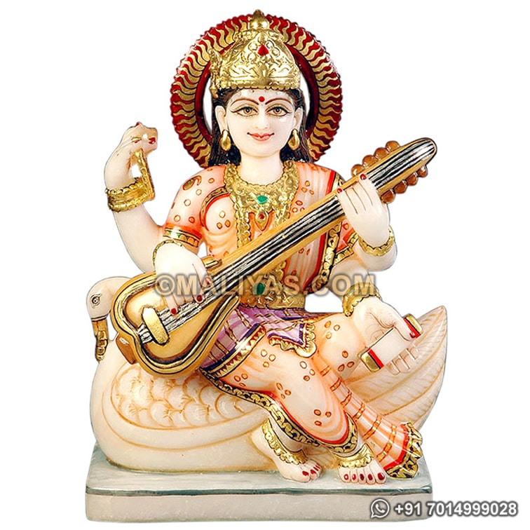 Exquisite Saraswati Statue from marble